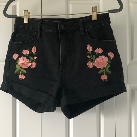 GUESS rose embroidered black shorts